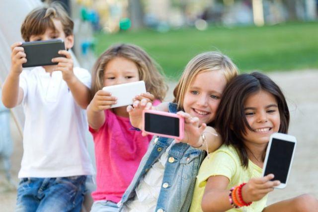 Chancla Toman Una Usaron Niños No Pero Tenían La Selfie Cámara; Se MVjLGqSzpU